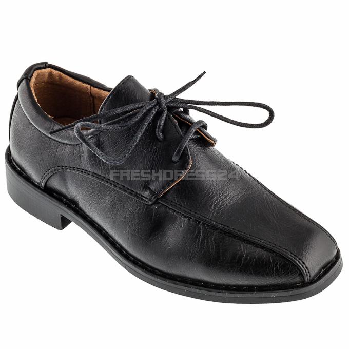 Anlässe für festliche Kinderschuhe für Mädchen oder Jungen gibt es viele. Das kann die Hochzeit eines nahen Verwandten oder ein runder Geburtstag sein. Auch die Taufe, Einschulung oder Kommunion ist ein wichtiges Ereignis, für das man einen besonderen Schuh benötigt.